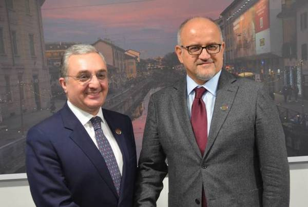 Armenia's acting FM, Montenegro's foreign minister discuss issues of